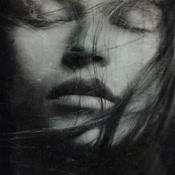 Nærbilde av ansikt, drømmeaktig